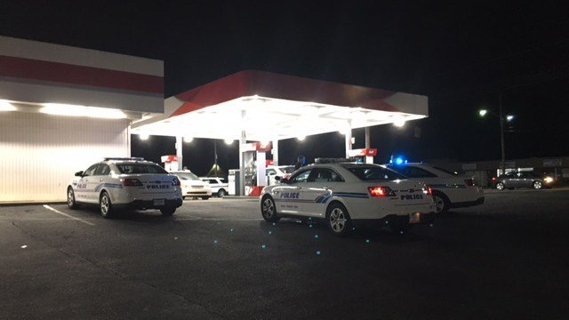 Scene of robbery at Citgo. (8/21/17 FOX Carolina)