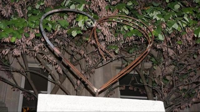 Photo of the heart sculpture (Source: WRAL)