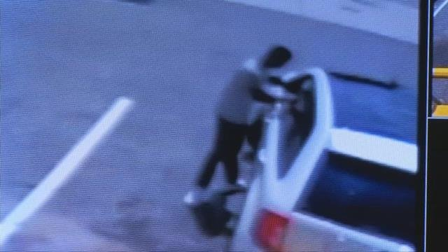 Antonio Moore approaches vehicle before opening fire at Lil Cricket (Source: Spartanburg Co. Sheriff's Office)