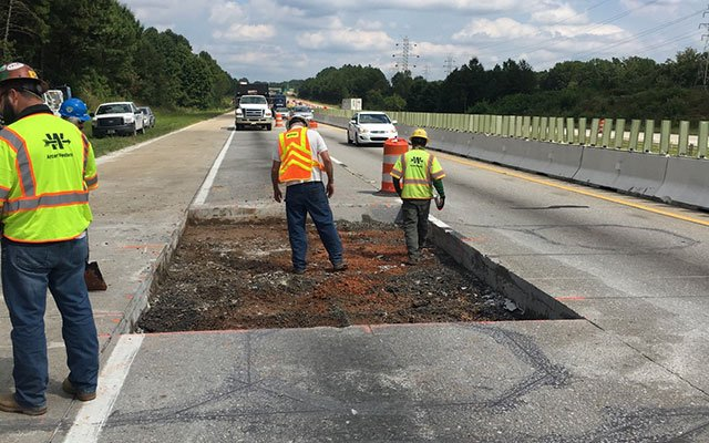 Emergency repairs on I-85 (Source: SCDOT)