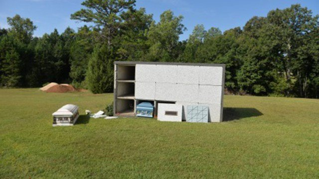 Burglarized mausoleum in Spartanburg County (Source: SCSO)