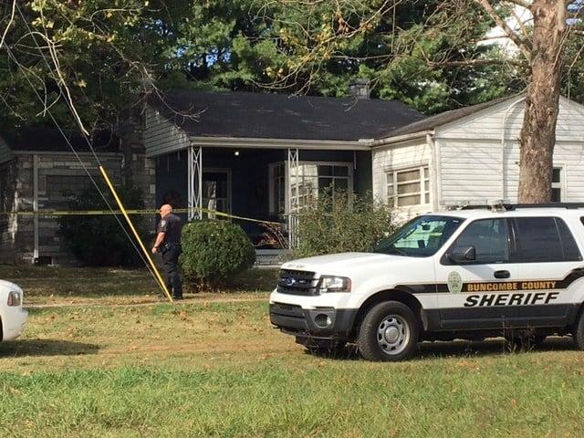 Death investigation on Holbrook Drive. (Aug. 29, 2017/FOX Carolina)