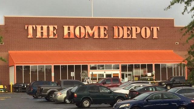Scene of incident at Dorman Centre Home Depot in Spartanburg. (FOX Carolina/ 8/31/17)