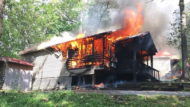Scene of fire on Carolina Point Drive. (Source: Oconee Co. Emergency Services)