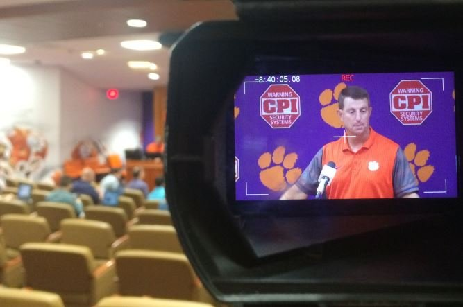 Swinney holds his weekly news conference on Sep. 5, 2017 (FOX Carolina)