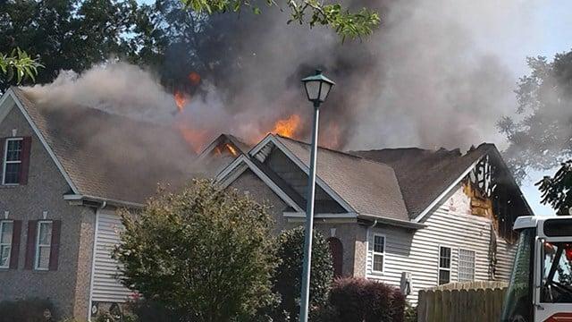 Scene of fire on Franklin Oaks Lane. (Credit: Norma C.)
