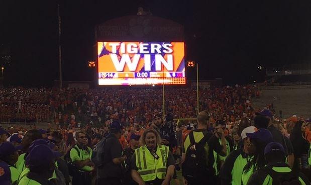 Scoreboard after the Tigers' victory (FOX Carolina/ 9/9/2017)