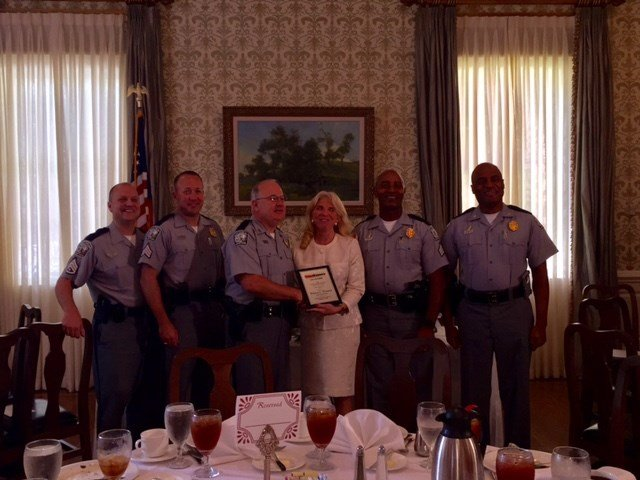 Officers recognized at Crime Stoppers banquet. (Sep. 13, 2017/FOX Carolina)