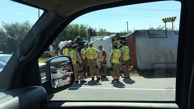 Truck overturned on I-85 (Sep. 18, 2017/FOX Carolina)