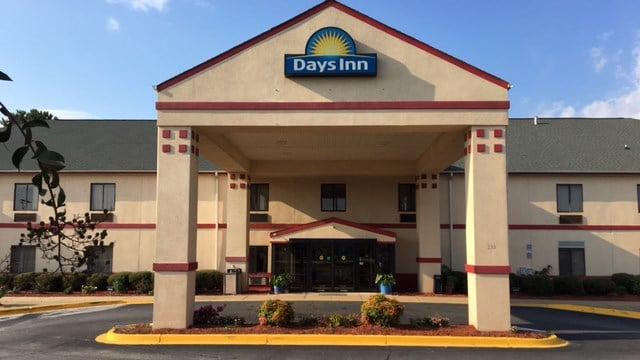 Days Inn on West Butler Road. (9/19/17 FOX Carolina)