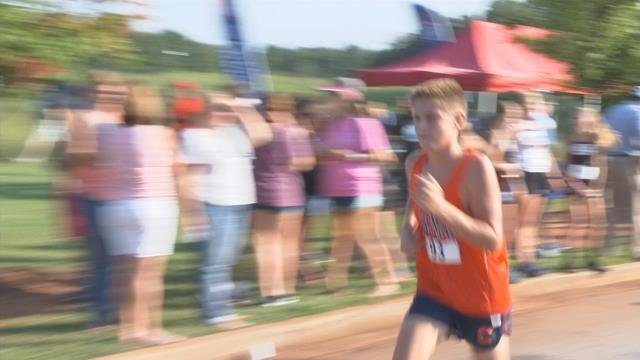 Hundreds of students run in memory of Upstate teacher