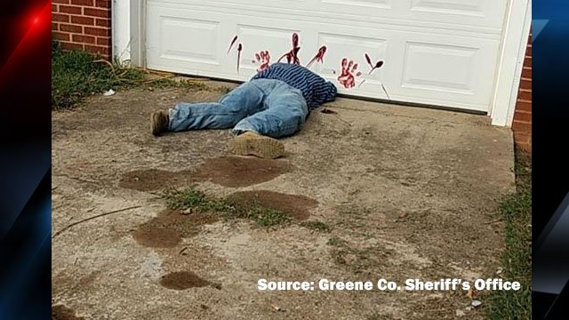 Realistic Halloween display spooks people in Greene County