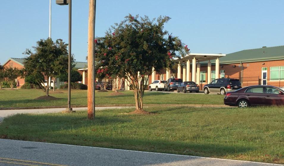 Crestview Elementary School (FOX Carolina)