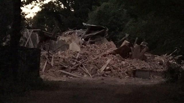 Demolition at Bon Haven mansion. (9/25/17 FOX Carolina)