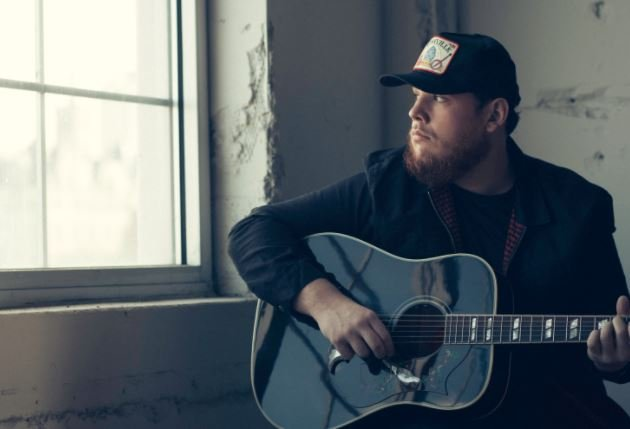 Luke Combs (Source: LukeCombs.com)