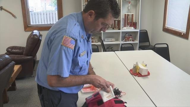 Chris Hearn, firefighter, explains color-coded triage kit. (FOX Carolina/ October 13, 2017)