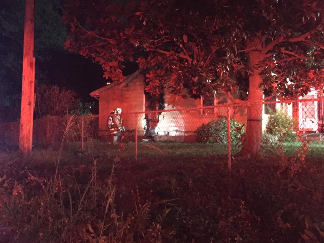 Vacant house fire in Una (Oct. 6, 2017/FOX Carolina)