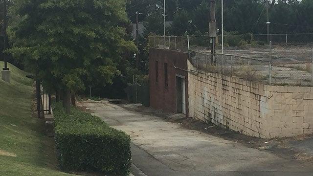 Scene near Rutherford Street and Walker Street where police say man was found dead. (10/7/17 FOX Carolina)