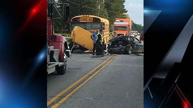 Scene of bus crash. (Credit: Holly Q.)