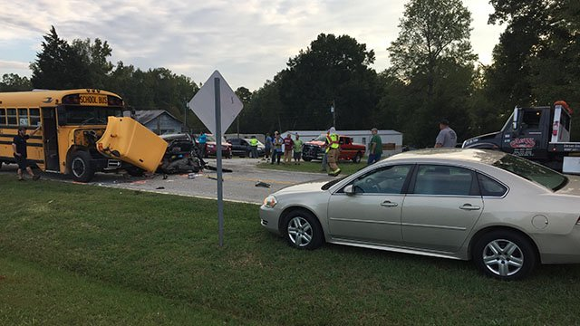 Scene of school bus crash in Laurens Co. (10/10/17 FOX Carolina)