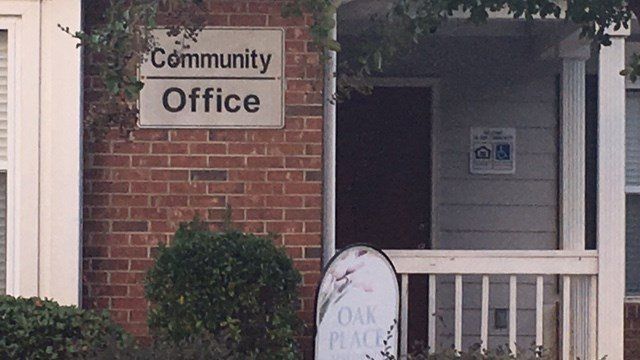 Oak Place Apartments (FOX Carolina/ 10/11/17)