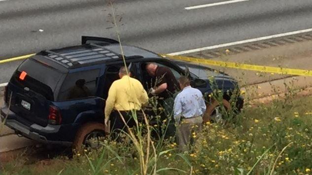 Deputies take interest in abandoned vehicle (FOX Carolina/ October 13, 2017)