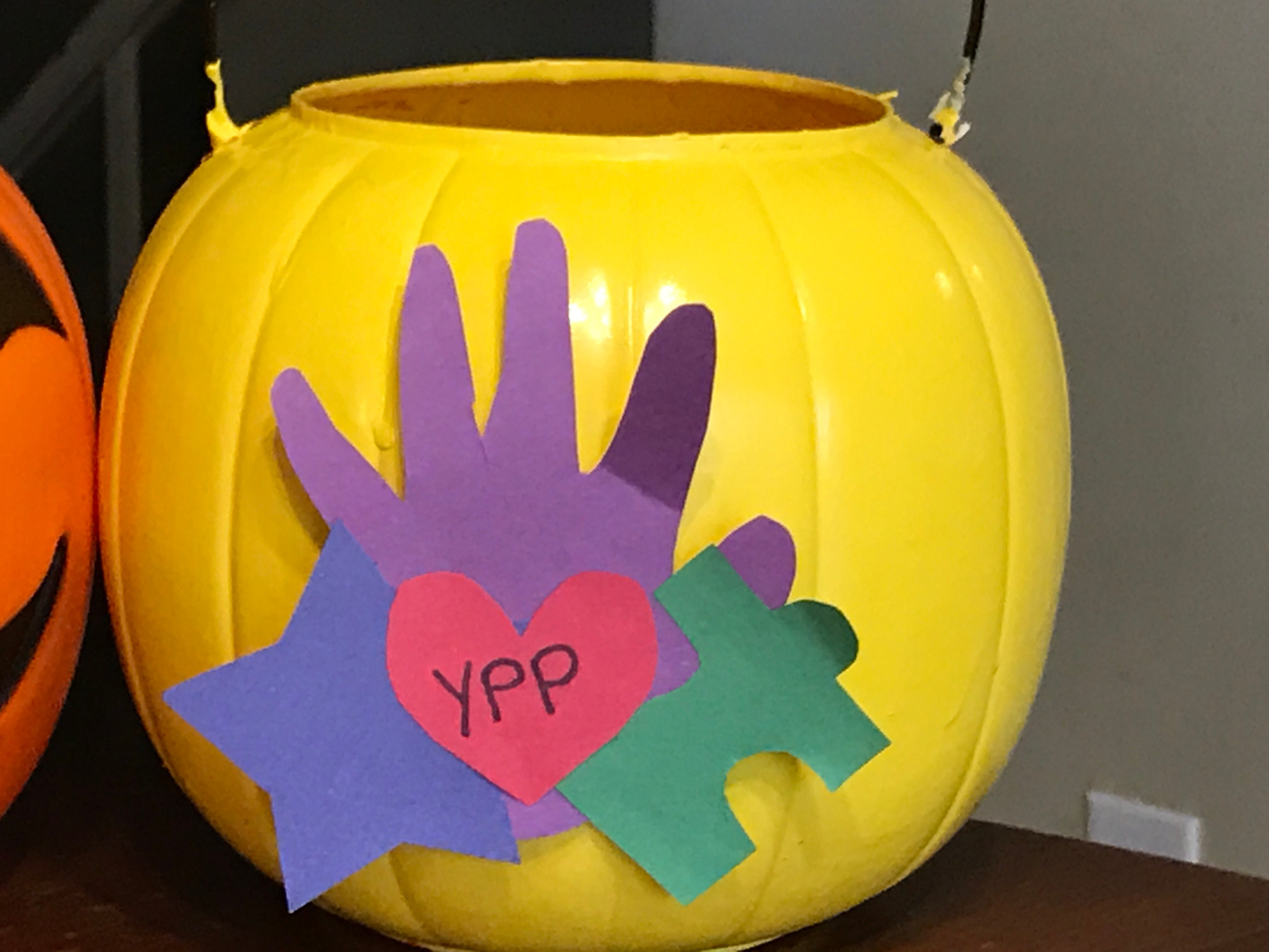 Yellow Pumpkin Parade pumpkin (October 17,2017/FOX Carolina News)