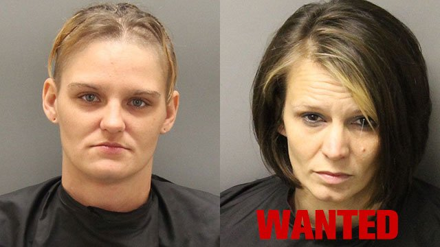 Tiffany Moore (left) and Christy Reed (right). (Source: Oconee Co. Sheriff's Office).