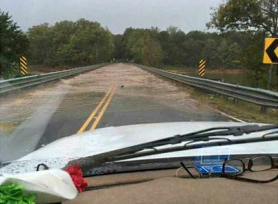 Flooding on bridge at Sandy Springs Road. (Source: Witness)
