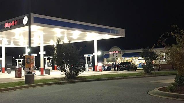 Stop-A-Minit on Pearman Dairy Road (Oct. 23, 2017/FOX Carolina)