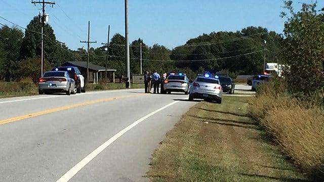 Scene where suspect vehicle crashed in Chesnee. (10/24/17 FOX Carolina)