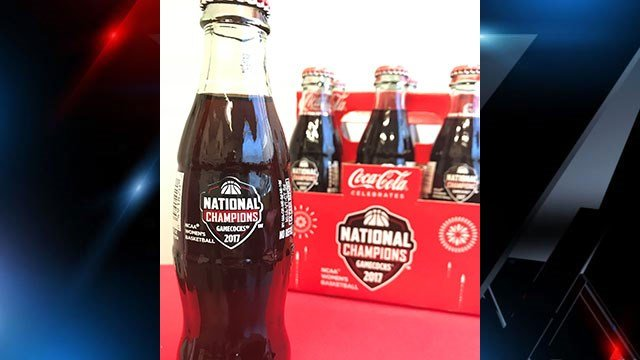USC commemorative bottles. (Source: Coca-Cola).