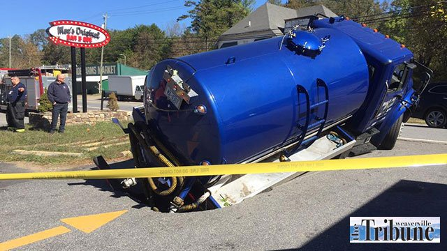 Weaverville tanker sinkhole (Source: The Weaverville Tribune)