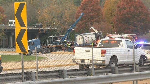 Scene of the crash (FOX Carolina/ Nov. 3, 2017)