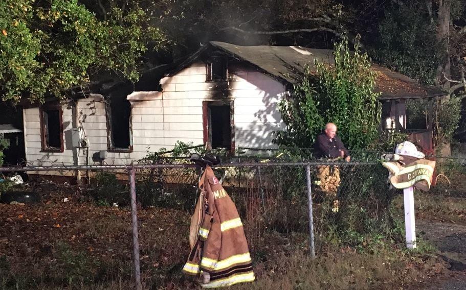 Fire at home on Bobo Street in Inman (FOX Carolina/ Nov. 9, 2017)