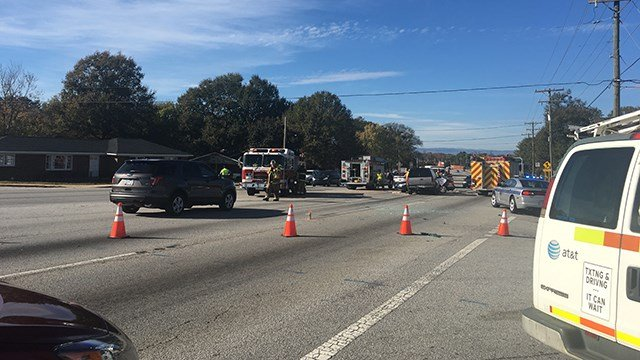 Fatal crash on White Horse Road (Nov. 10, 2017/FOX Carolina)