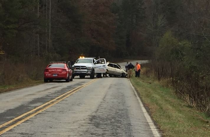 Scene of the crash of Keowee River Road (FOX Carolina/ Nov. 13, 2017)