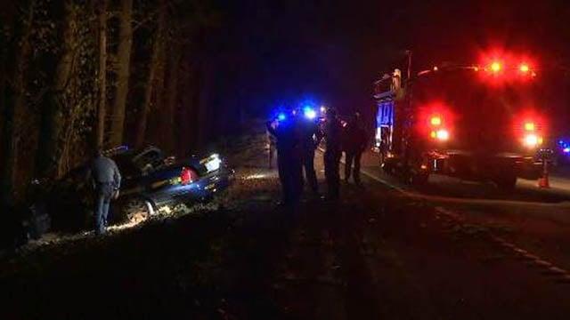 Scene of crash in Greenville Co. (FOX Carolina/ 11/15/17)