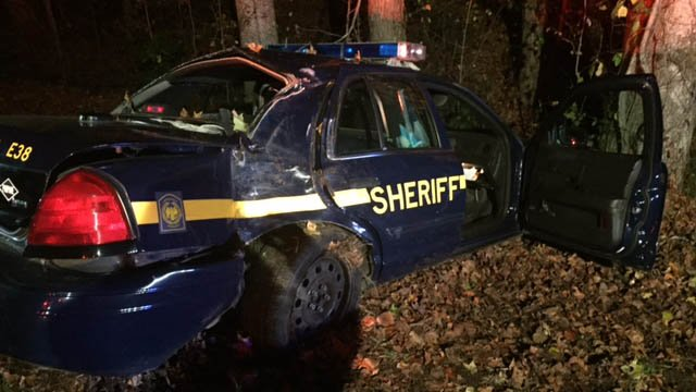 Scene of crash in Greenville Co. (FOX Carolina/ 11/15/17)