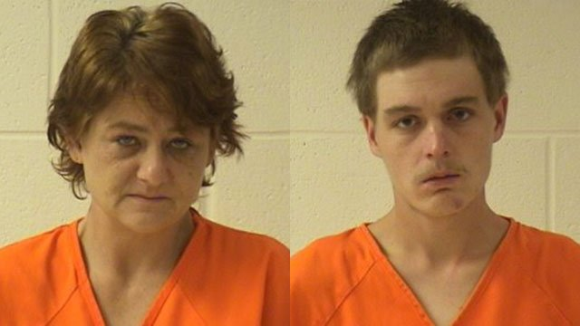 Jamie Nunley (L) and Donovan Hargis (Source: Yancey Co. Detention)