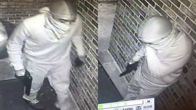 Surveillance footage of man accused of robbing two women outside an Upstate dermatology clinic. (Source: Spartanburg PD)
