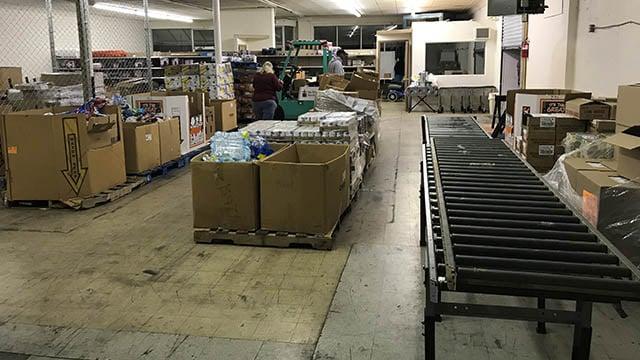 Donations at Potters Storehouse (FOX Carolina/ 11/17/17)