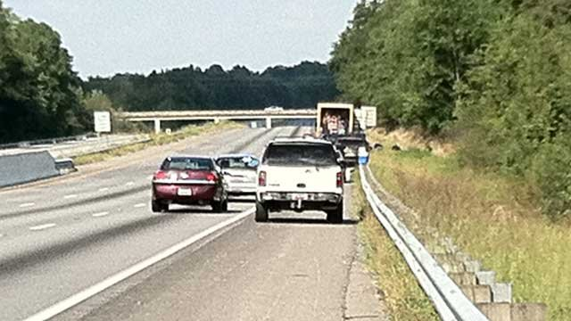 I-85 is empty while deputies search the contents of a truck. (FOX Carolina)