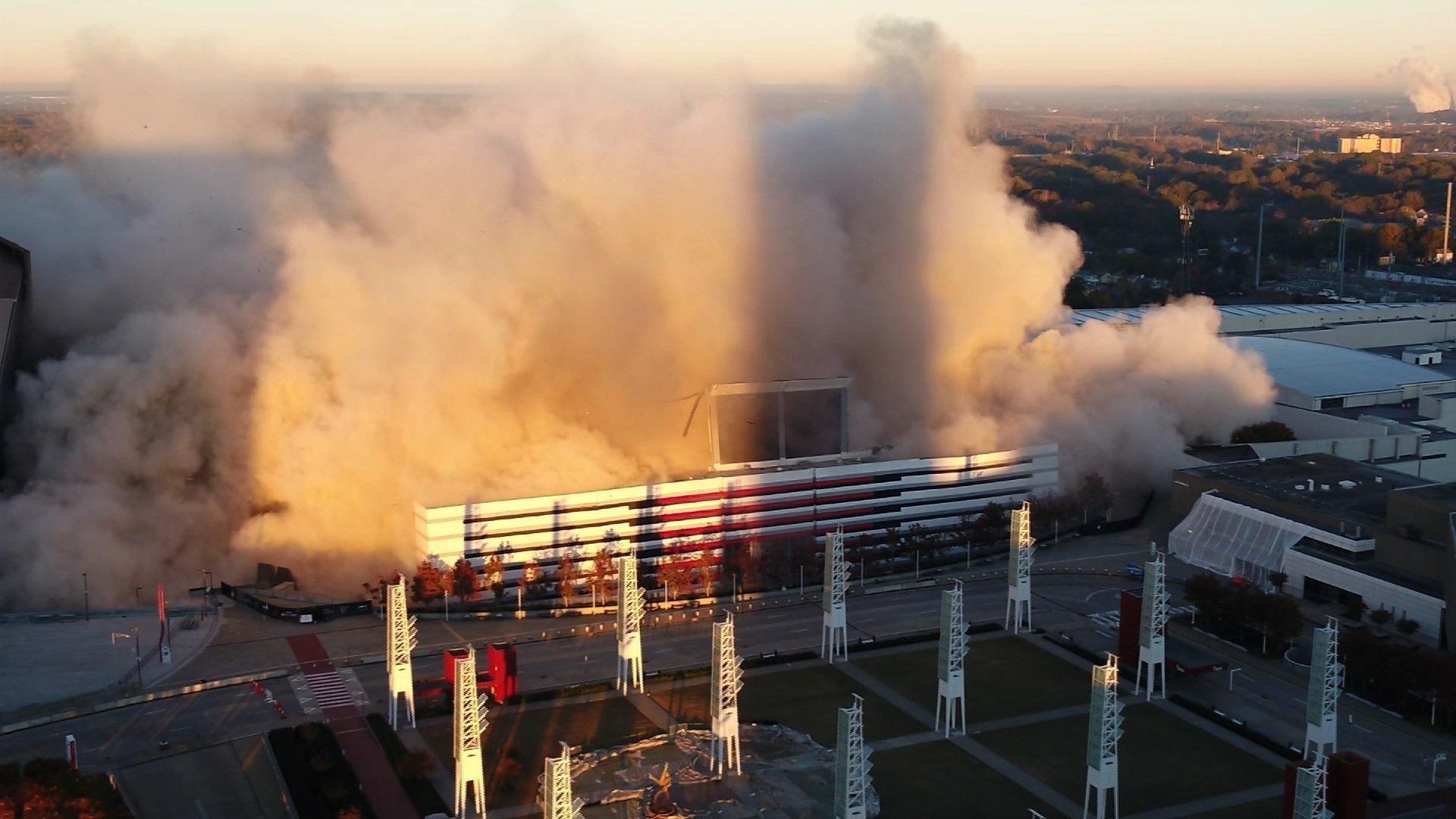 The Georgia Dome implodes (Source: CNN)