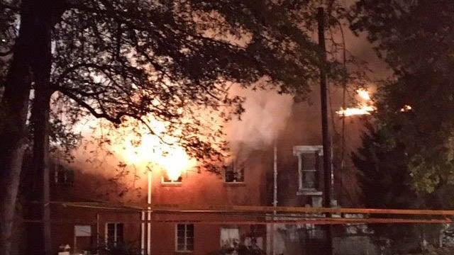 Crews battle massive fire at Gaffney church (FOX Carolina/ 11/23/17)