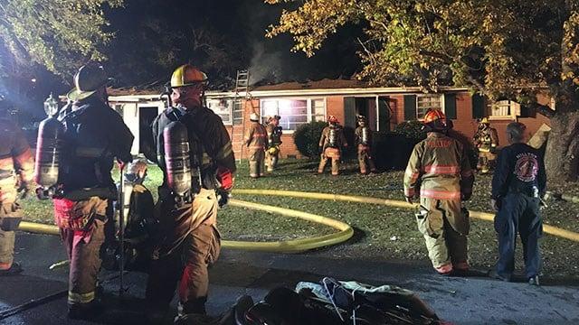 Scene of Spartanburg Co. fire. (FOX Carolina/ 11/25/17)