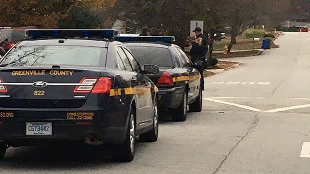 Deputies on scene of Clearfield Road (Dec. 5, 2017/FOX Carolina)