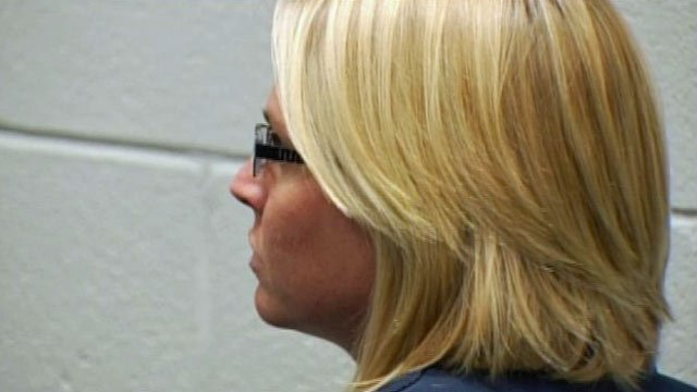 Kimberly Holupka in a bond hearing. (Oct. 6, 2011/FOX Carolina)