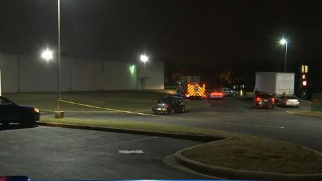 Scene of fatal crash in Greenville Co. (FOX Carolina/ 12/16/17)