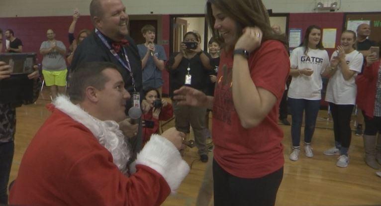 Spartanburg teacher gets engaged. (December 21, 2017/FOX Carolina)